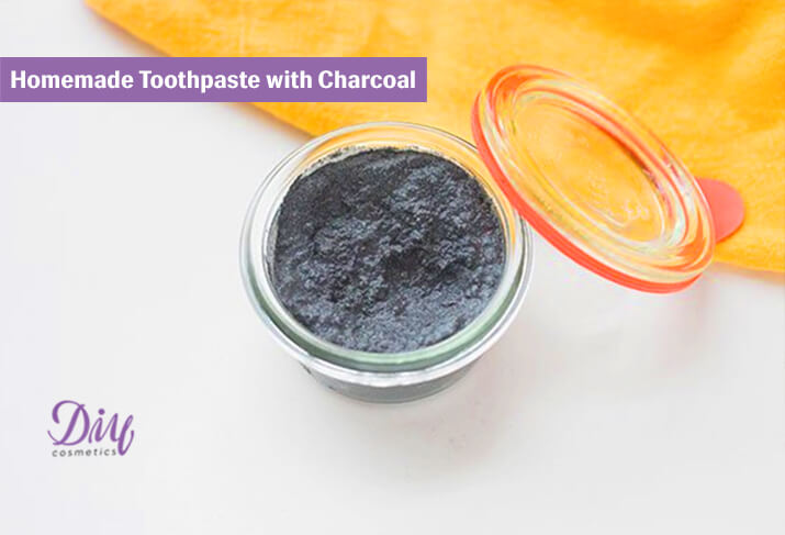 Homemade Toothpaste with Charcoal