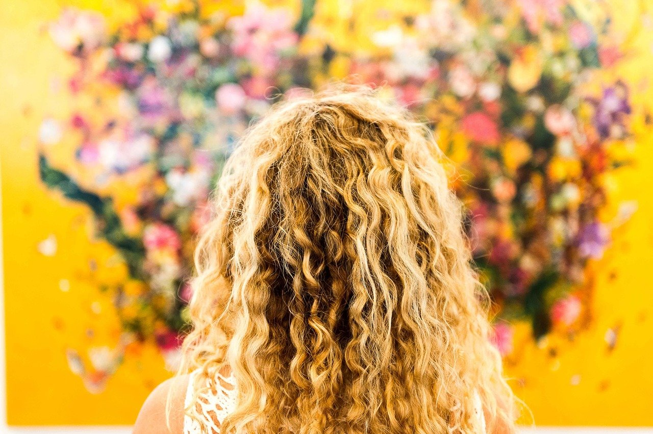 DIY Hair Gel for Curly Hair - See How to Make